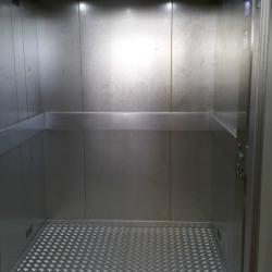 Cabine d'ascenseur en inox