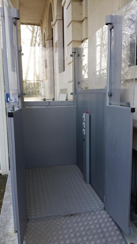 Monte handicape 2 sga ascenseur