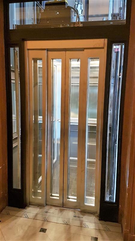 Portes ascenseur vitrees